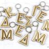 Ξύλινα μπρελόκ Αρχικό ονόματος - Μπομπονιέρες Βάπτισης - Μπομπονιέρες Γάμου - Δώρα για γενέθλια - παιδικά δωράκια - Δώρα για βάπτιση - Δώρα για επιχειρήσεις - Διακόσμηση για βάπτιση - Γάμος - Βάπτιση - Γενέθλια - Μαστορικό - Κύπρος - S.M. Mastoriko